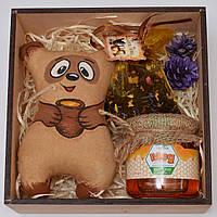 """Подарочный набор """"Винни пух"""" (мёд, чай, игрушка) Оригинальный подарок на день рождения. Красивая упаковка"""