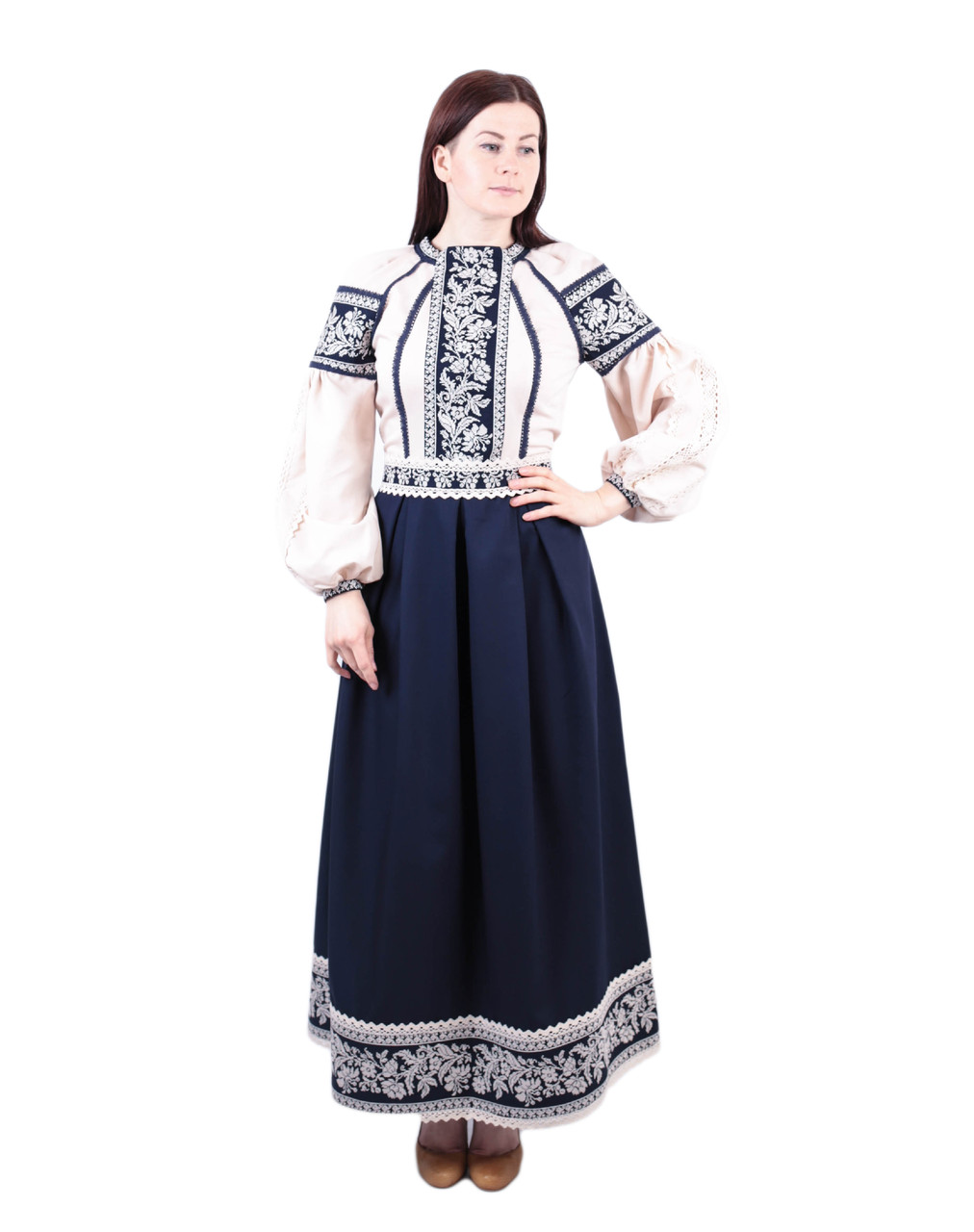 Вишите котонове синьо-бежеве довге плаття з машинною вишивкою