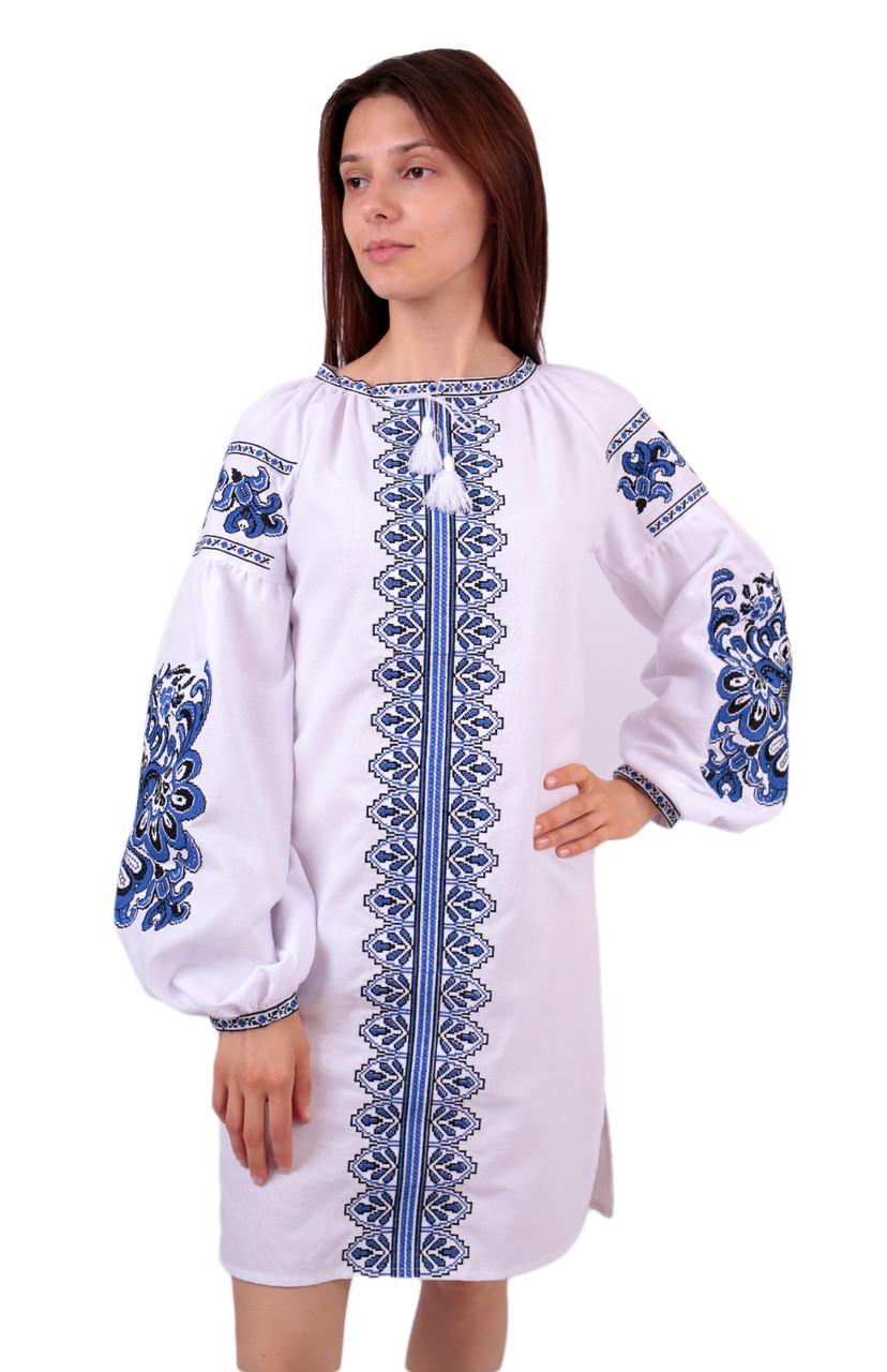 Вишите плаття на домотканому полотні з машинною вишивкою