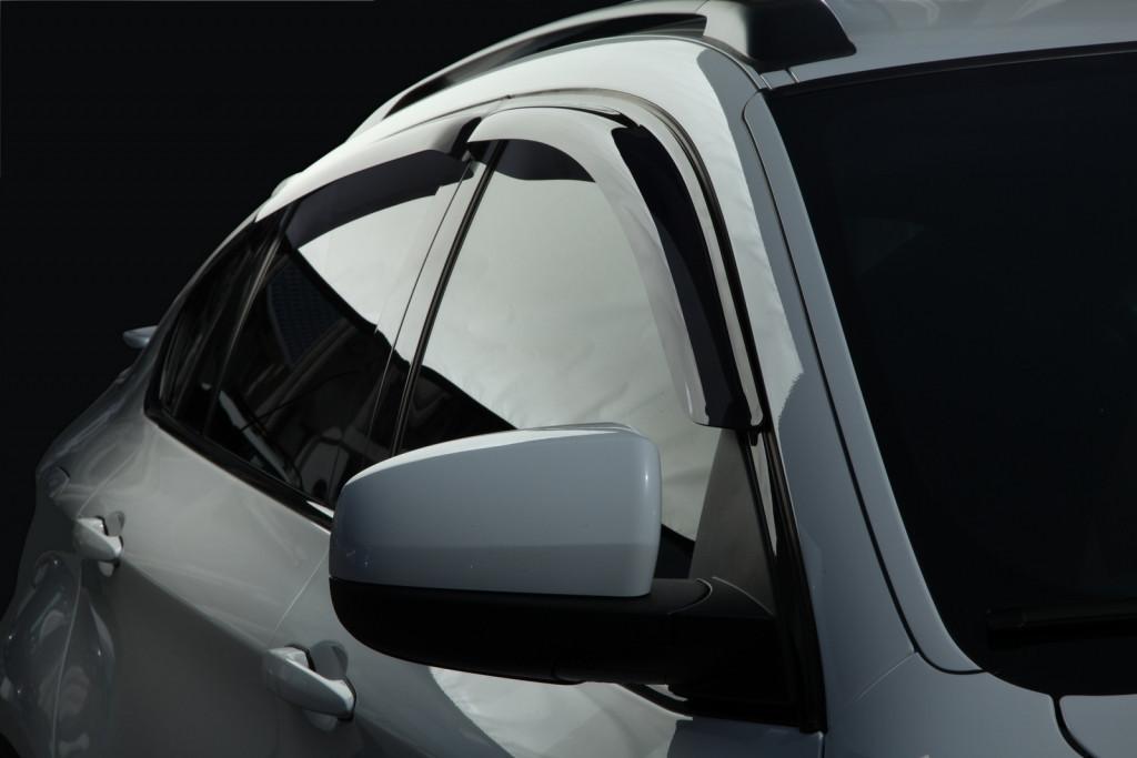 Дефлектори вікон вітровики на AUDI Ауді Q7 -2015