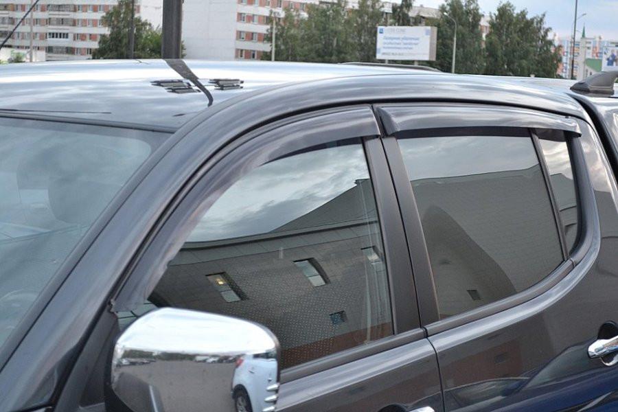 Дефлекторы окон ветровики на MITSUBISHI Митсубиси L200 IV 2007 Triton 2006-2010