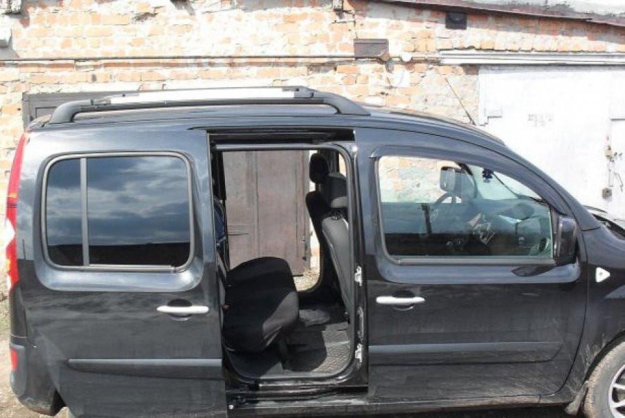 Дефлектори вікон вітровики на RENAULT Рено Kangoo II 3d 2009