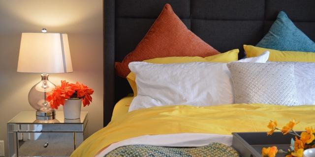 Домашний текстиль: одеяла, подушки, ватные матрасы.