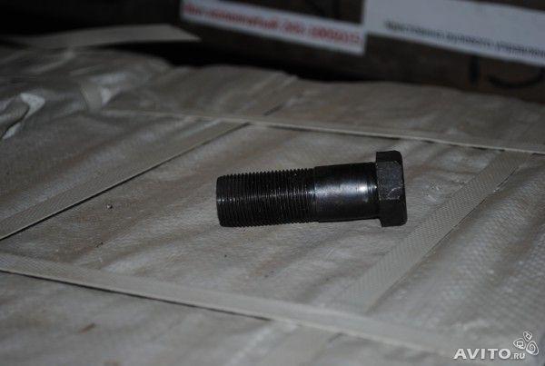 Болт задней ступицы ЮМЗ, 40-310402