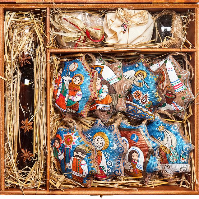 Подарочный новогодний набор игрушек