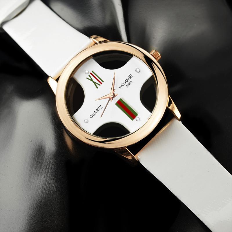 Часы женские Womage white
