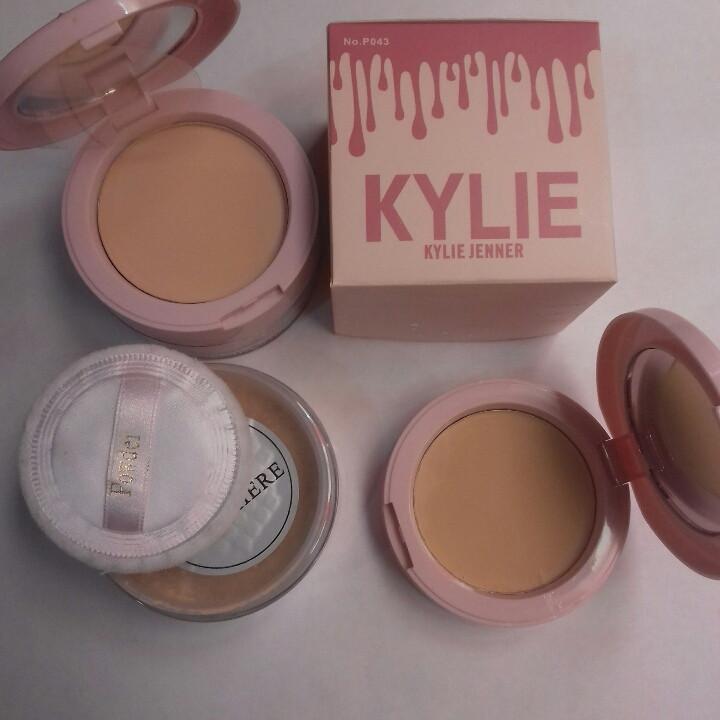 Рассыпчатая+ компактная пудра Kylie Jenner 2in 1