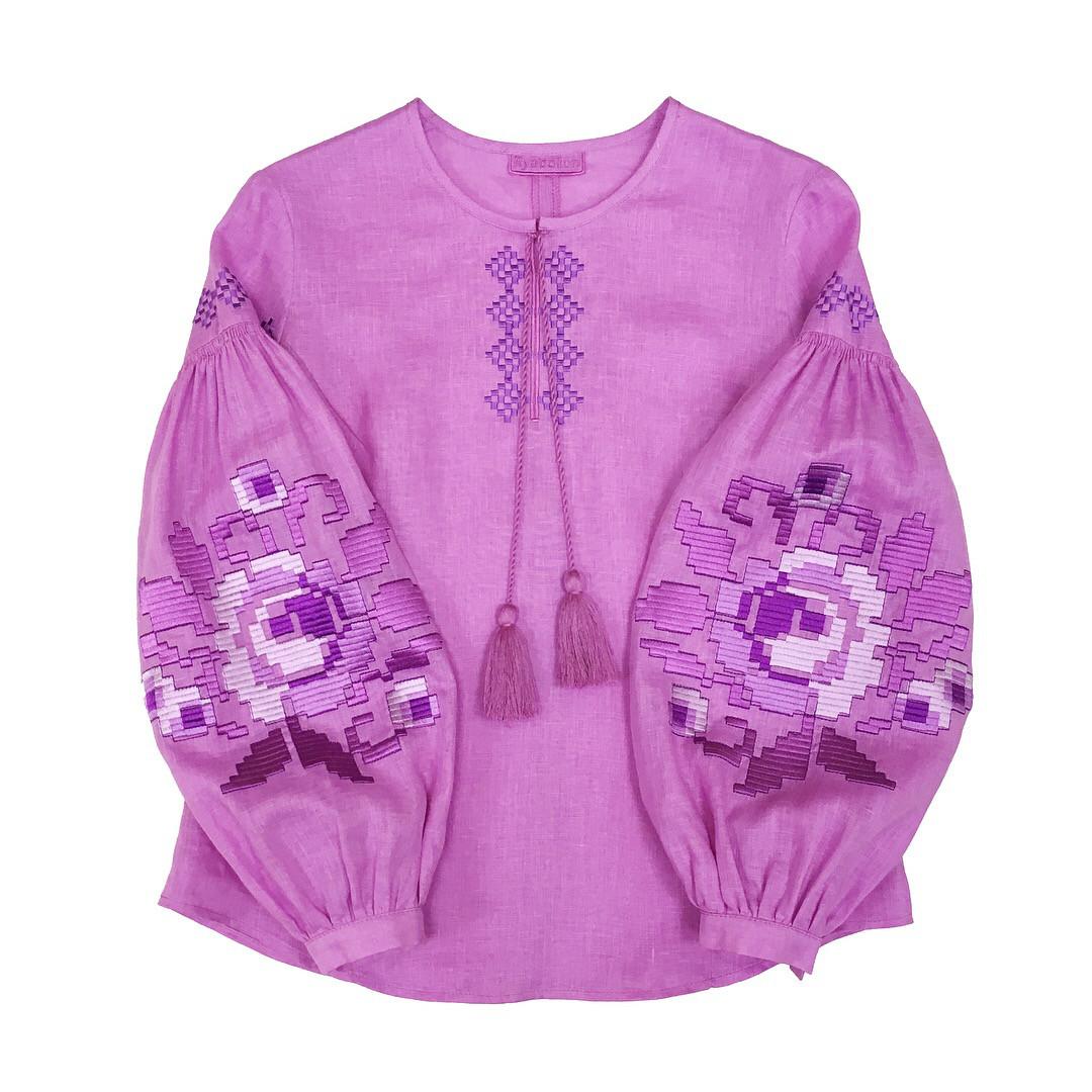 Вишиванка жіноча рожева лаванда пишні рукава вишивка в колір тканини -  Ексклюзивні Вишиванки  79ccf7238a184