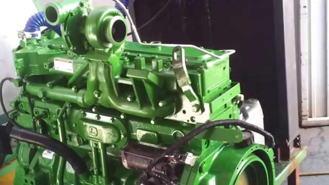 Фото двигателя трактора Джон Дир