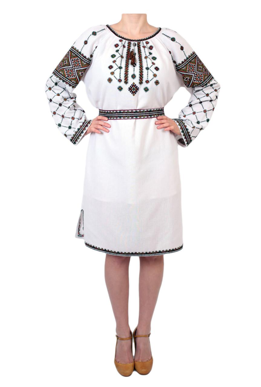 Вишите плаття на домотканому полотні з ручною вишивкою