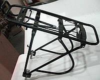 Багажник задний  универсальный 26-28 алюминиевый черный