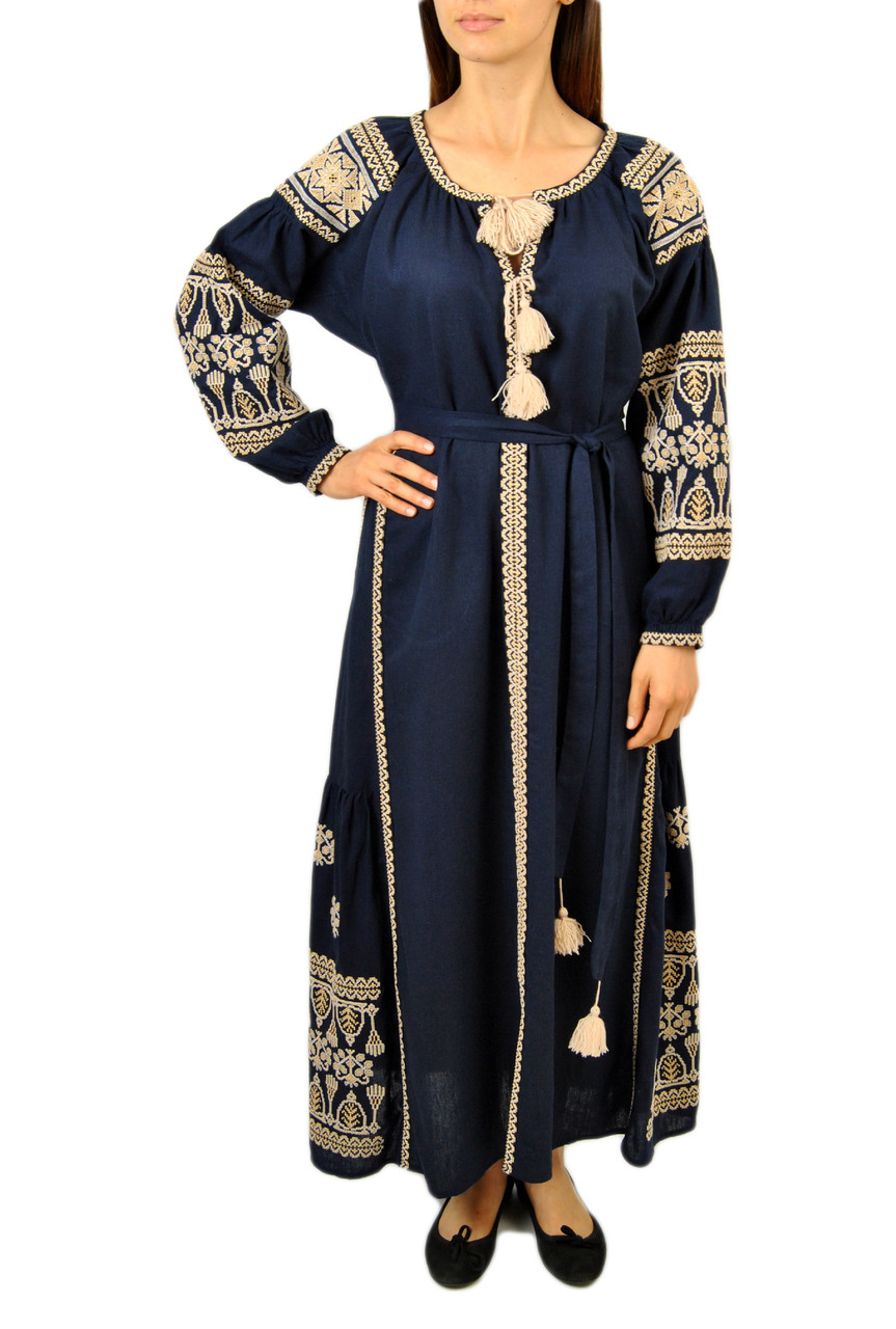 Вишите лляне довге синє плаття з машинною вишивкою