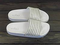 Белые женские шлепанцы в стразах Sopra, фото 1