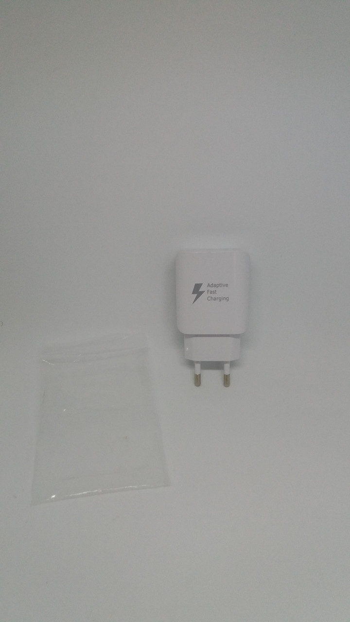 Адаптер QC3.0 Fast Charge D5