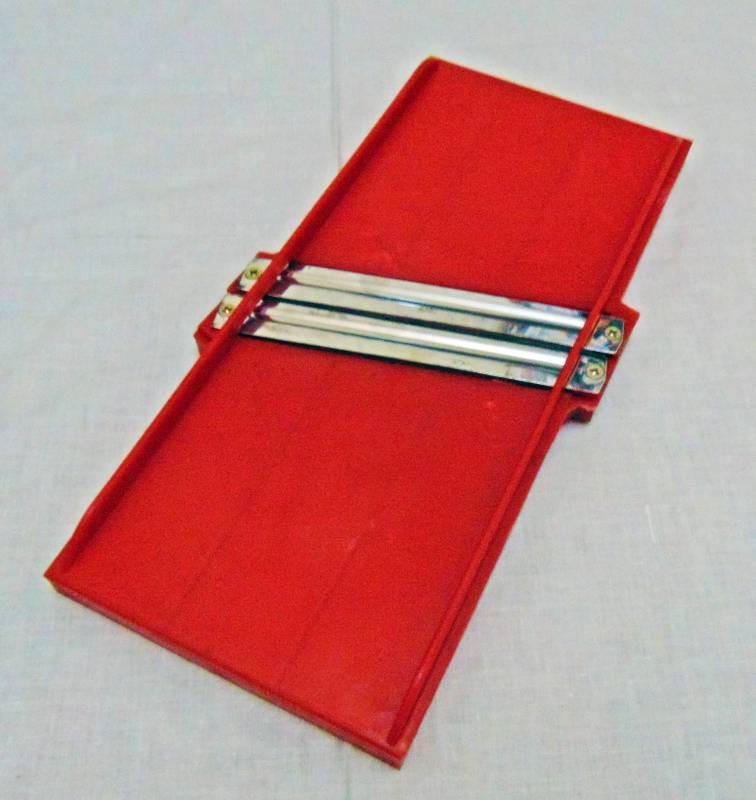 Шинковка пластмассовая 2 ножа