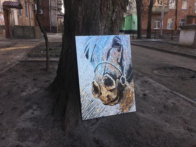 Картина лошадь из зеркальной мозаики