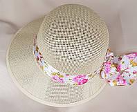 Женская шляпа с цветком