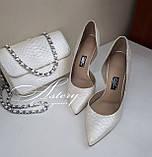Жіночі білі перлинні туфлі з пітона на шпильці, фото 5