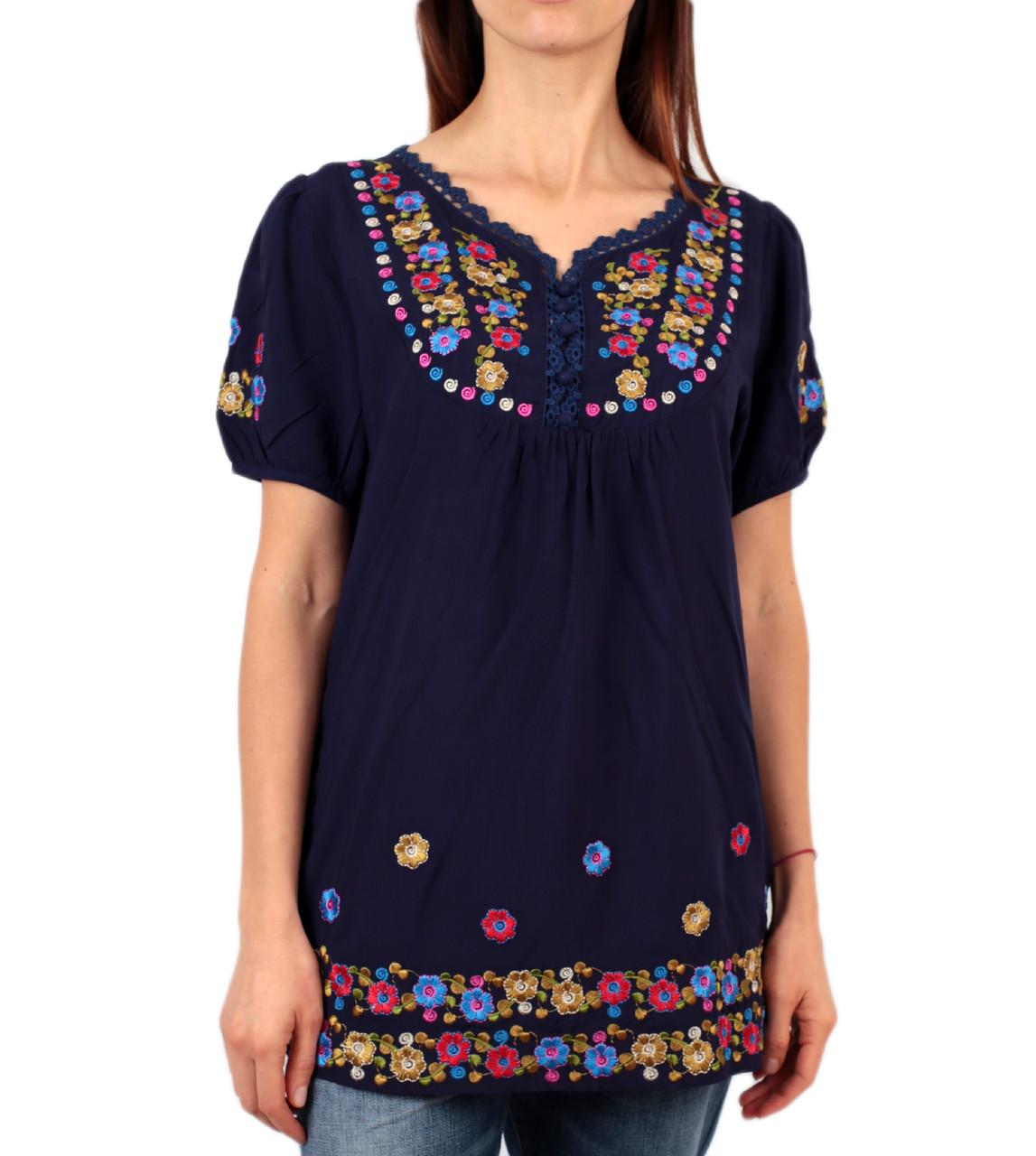 Жіноча вишита туніка на штапельній тканині синього кольору на короткий рукав