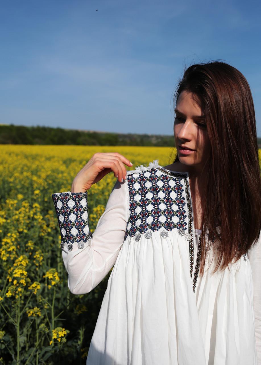Жіноча оригінальна вишита блузка/жакет з машинною вишивкою