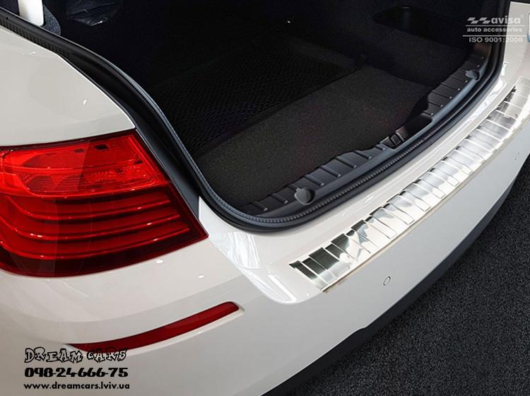 ЗАЩИТНАЯ НАКЛАДКА НА БАМПЕР С ЗАГИБОМ BMW 5 F10 (МАТОВАЯ) 2010-2016