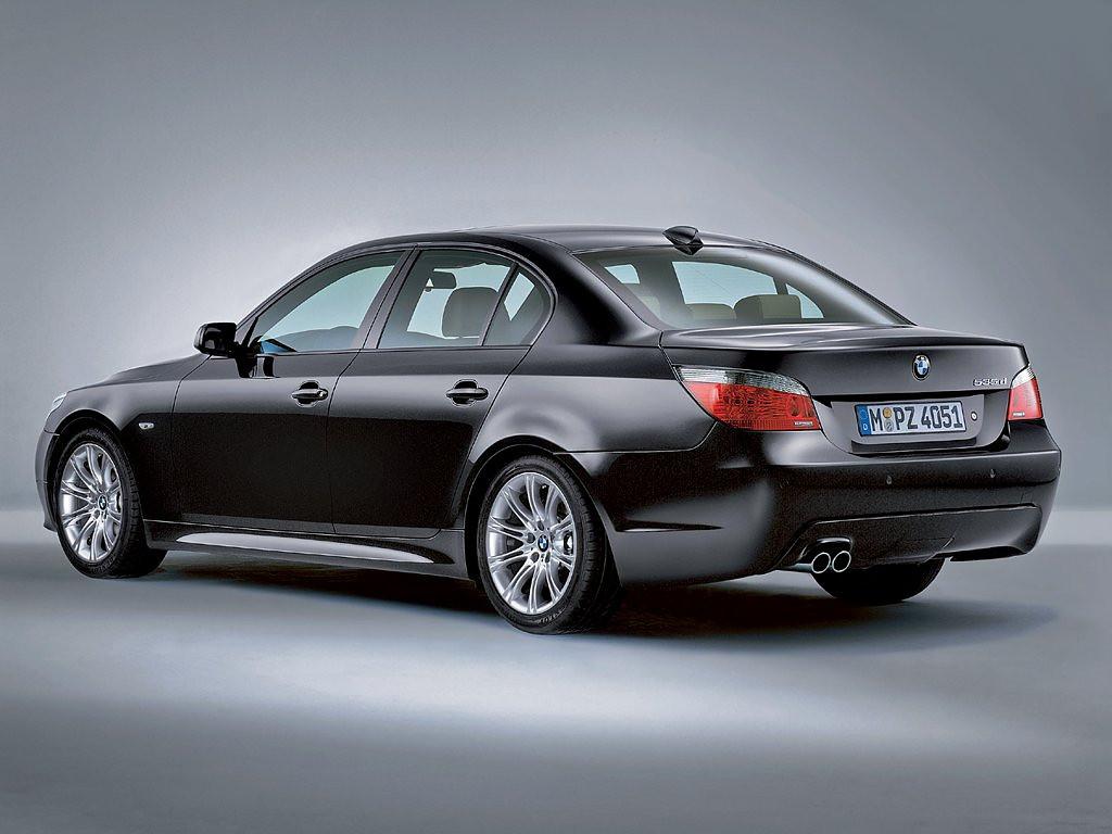 Заднее стекло (ляда) BMW 5 (E60/E61) (2003-2010), Седан, с антенной для радио