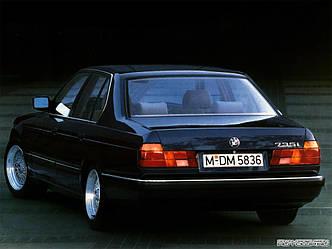Заднее стекло (ляда) BMW 7 (E32) (1986-1994), Седан, с антенной для радио