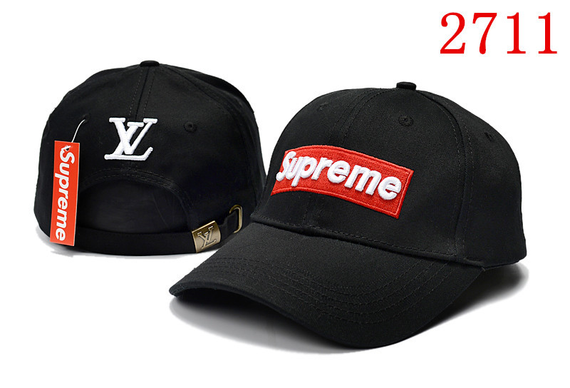 Кепка в стиле Supreme черная