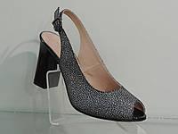 Элегантные женские босоножки на каблуке, фото 1