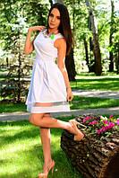 Белое летнее платье с пышной юбкой