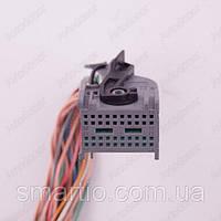 Разъем электрический 28-и контактный (29-23) б/у 953122