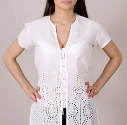 Блузка летняя удлиненная из натуральной ткани белого цвета