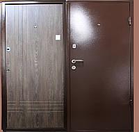 Металлические входные двери с молотковым покрытием бюджет вариант