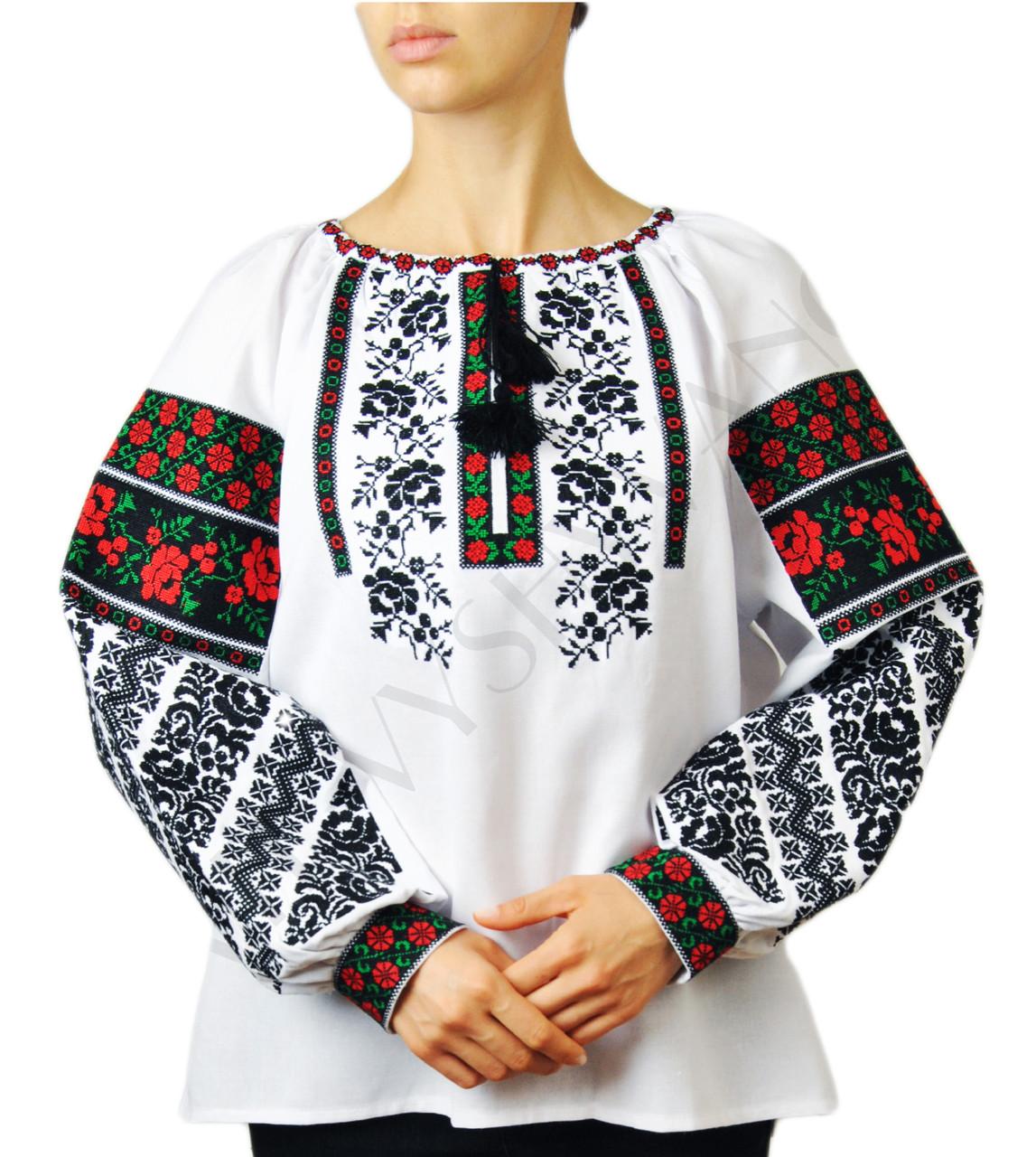 Жіноча вишиванка з якісною машинною вишивкою