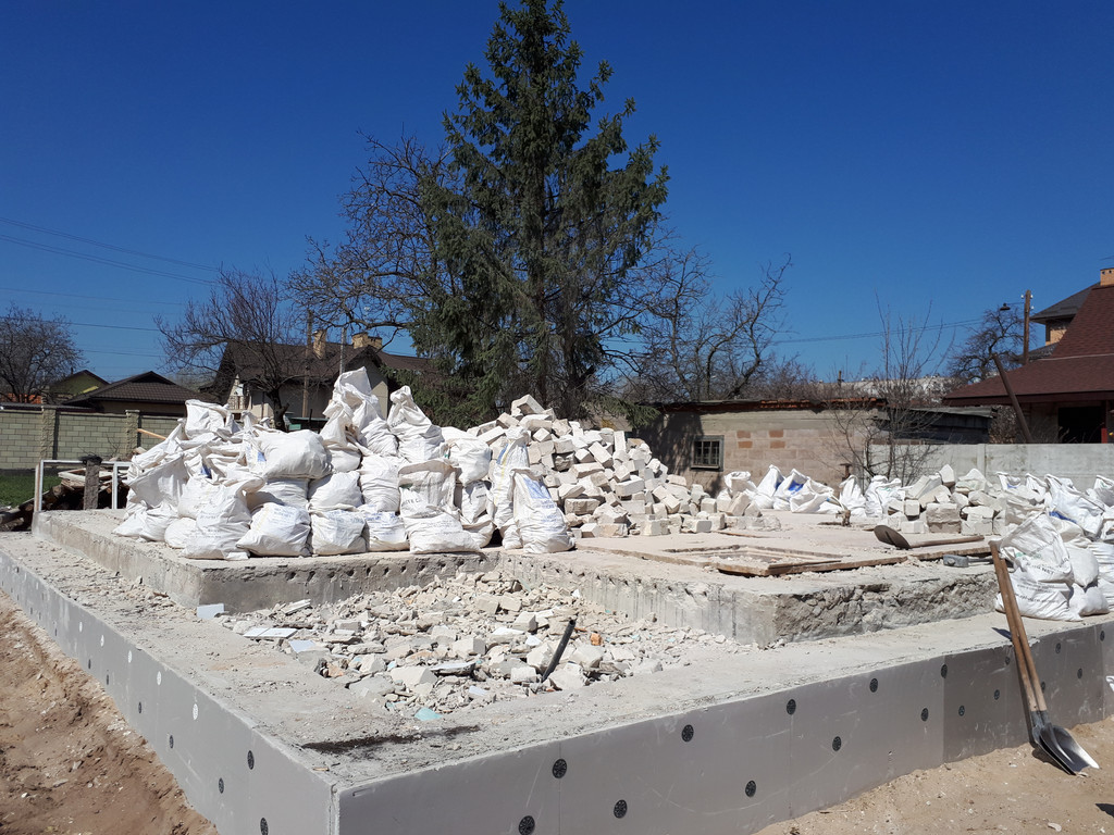 Демонтаж кирпичного дома в Приднепровске  40