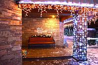Новогоднее оформление загородного дома, украшение фасада, территории и интерьера.