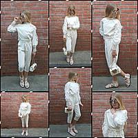 Белая нарядная блуза для девочки с декором из кружева