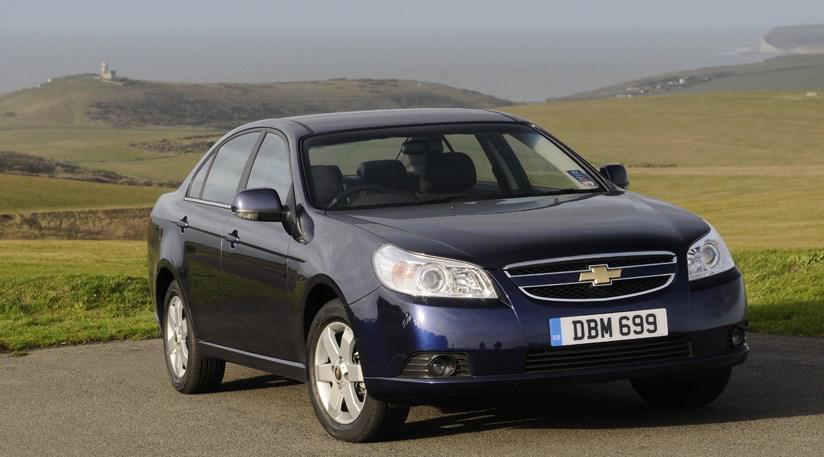 Уплотнитель лобового стекла Chevrolet Epica/Daewoo Tosca (2006-2011), Седан
