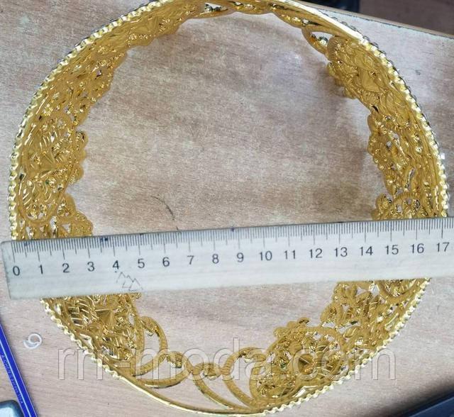 Круглые высокие, золотые короны из цветных камней оптом.