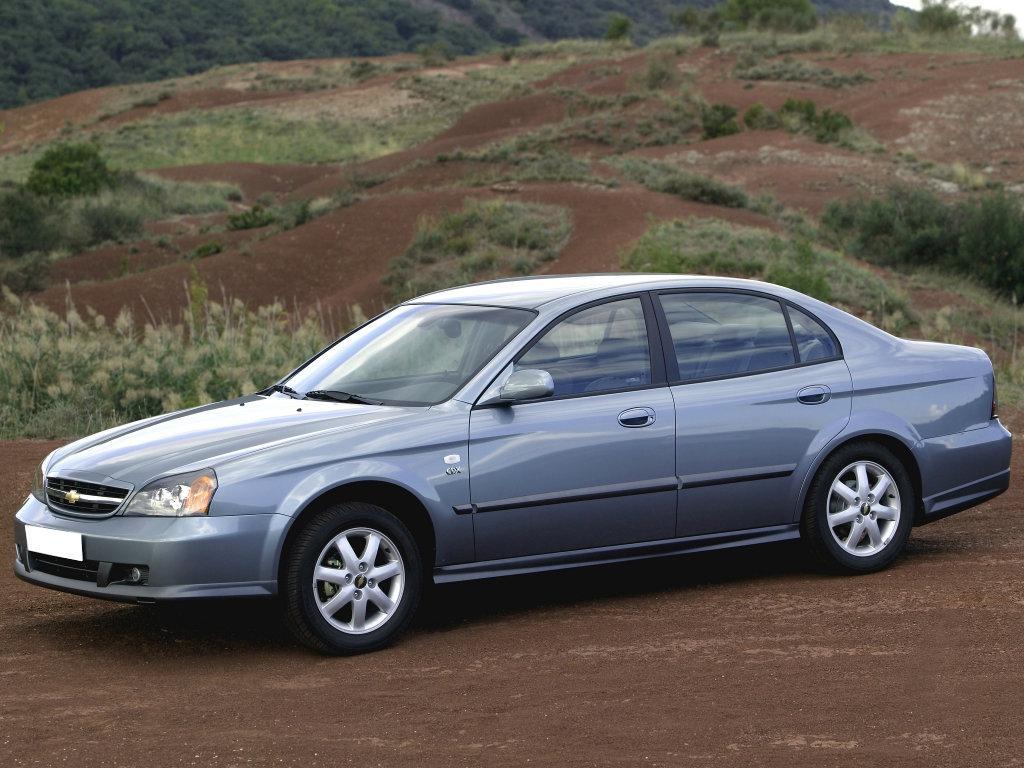 Уплотнитель лобового стекла Chevrolet Evanda/Magnus (2002-2006), Седан