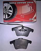Тормозные колодки передние  Volkswagen Transporter T5 (с датчиком)