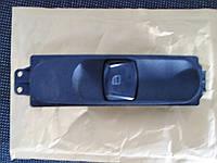 Блок управления стеклоподъемниками правая дверь Mercedes Sprinter 9065450913