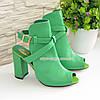 Женские зеленые кожаные босоножки на высоком устойчивом каблуке, фото 4