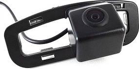 Штатная камера заднего вида Falcon SC80HCCD-170-R. Honda Accord 2011