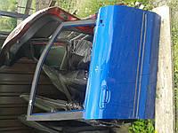 Дверь передняя правая Mazda Premacy 1998-2005г.в. синее