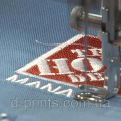 Машинна вишивка логотипу