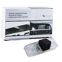 Штатная камера заднего вида Falcon SC16-HCCD. Subaru Forester