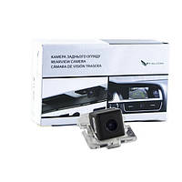 Штатная камера заднего вида Falcon SC26-HCCD. Citroen C-Crosser 2007-2011/Mitsubishi Outlander II XL 2005-2012/
