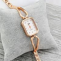 Часы 8016 ширина циферблата 2 см, длина ремешка 19 см, бежевый циферблат