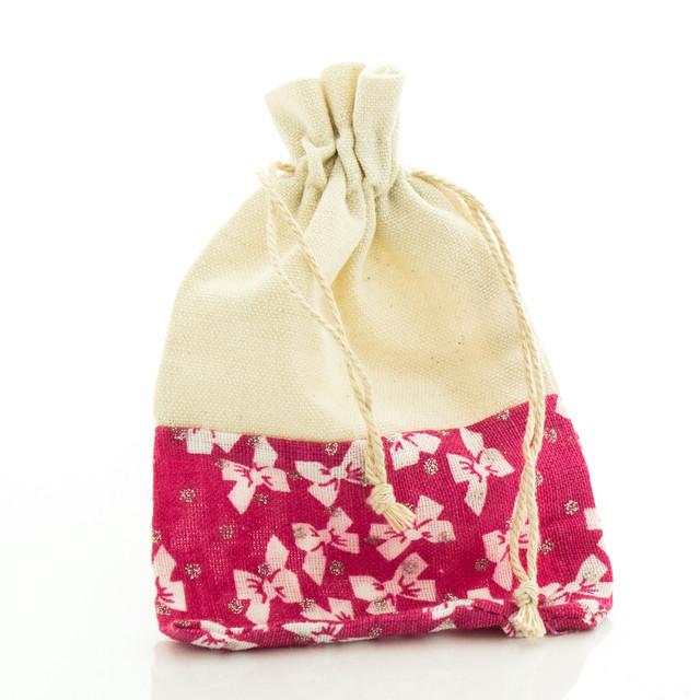 Подарочный мешочек малинового цвета